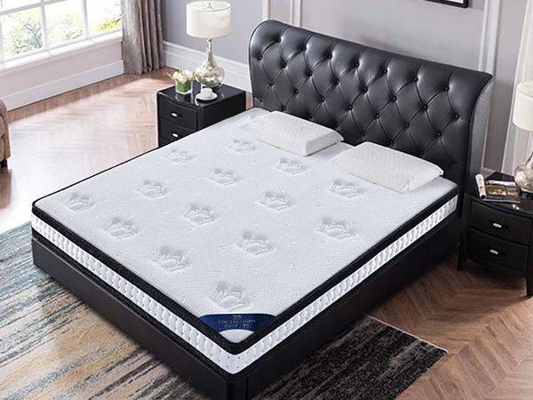 雨辉床垫记忆棉床垫 高密度高弹海绵席梦思床垫真空压缩卷包床垫 F128