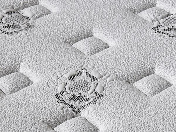 雨辉5cm天然进口乳胶床垫席梦思1.8m1.5米弹簧床垫五星酒店床垫YH8012